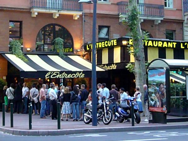 In de rij voor een entrecôte in Toulouse