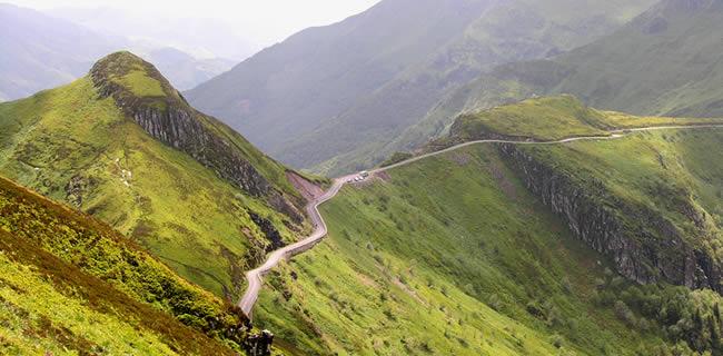 De D17 bij Le Puy Mary