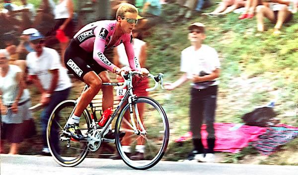 Erik Breukink in de klimtijdrit naar Avoriaz (1994)
