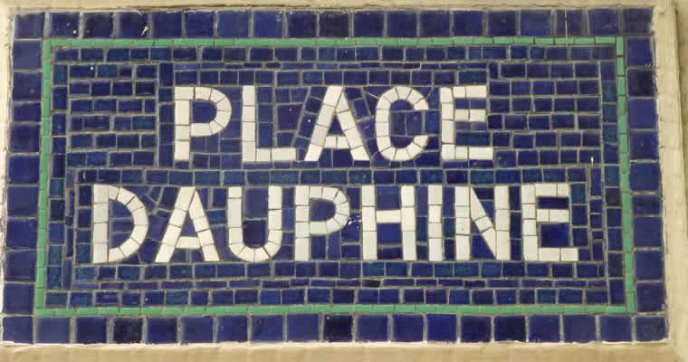 Place Dauphine, een van de koninklijke pleinen in Parijs