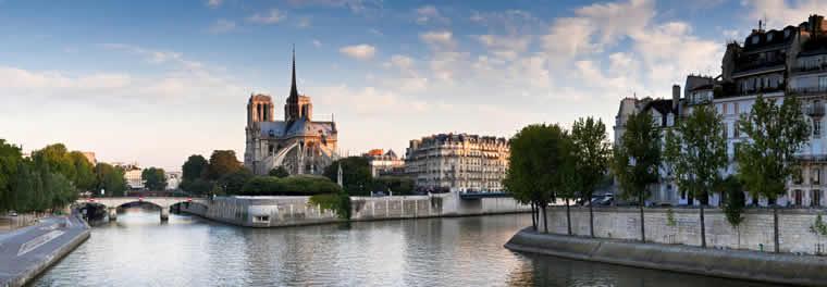 voorjaar in Parijs bij de Seine
