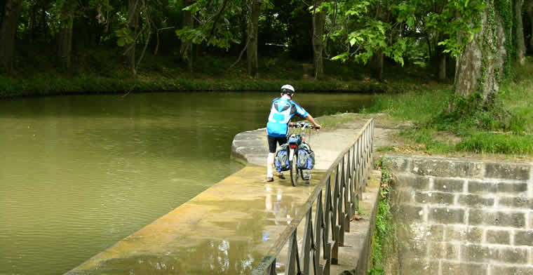 Aquaduct Canal du Midi