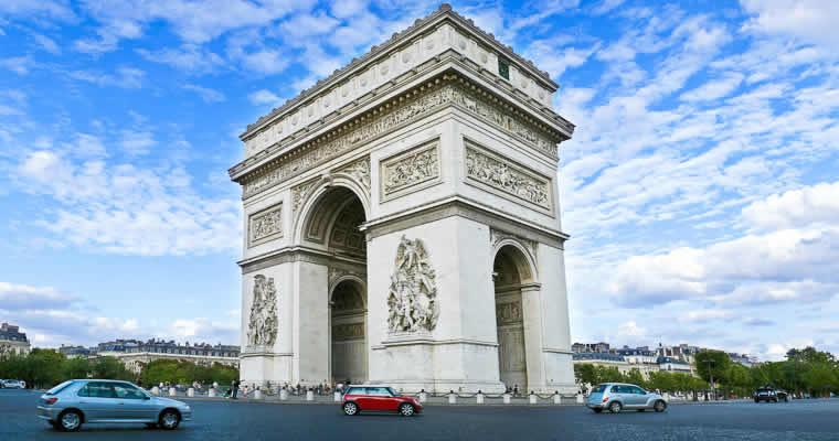 Met de auto naar Parijs