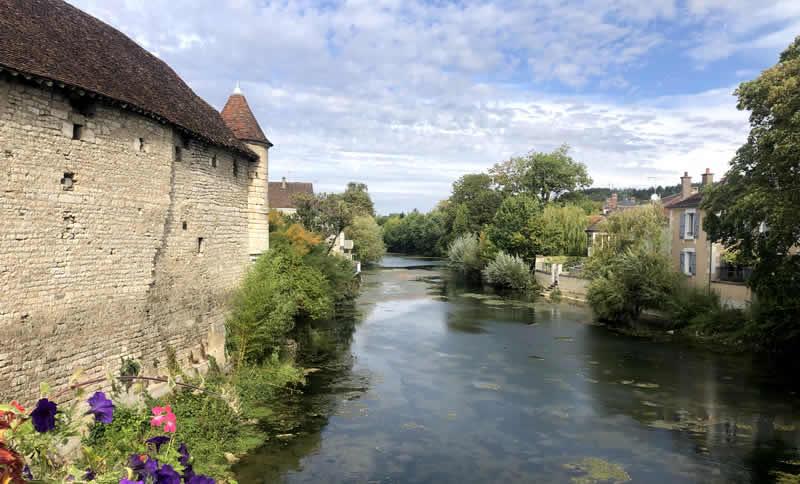 Wijndorp in de Bourgogne, Chablis