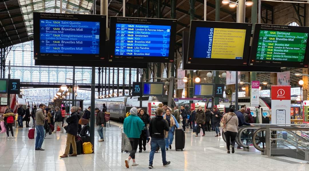Staking, wat doe je in Parijs als het openbaar vervoer plat ligt?