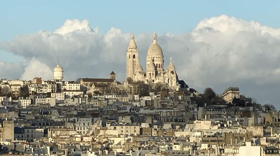 Mooiste uitzicht op de Sacré-Coeur van Parijs
