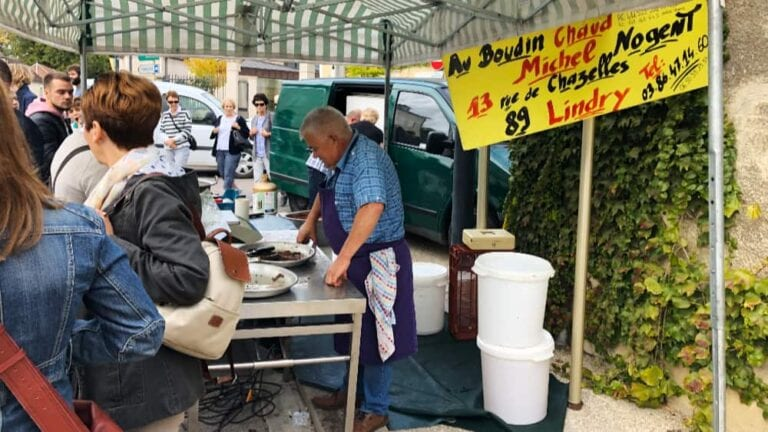 De markt op zondag in Chablis