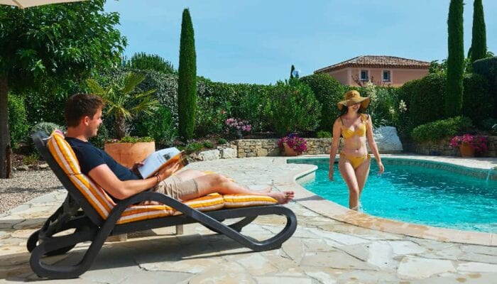 Boek een luxe vakantiehuis met zwembad