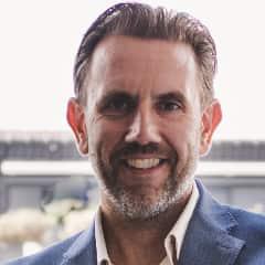 Gian Kerstgens, auteur De moedige manager