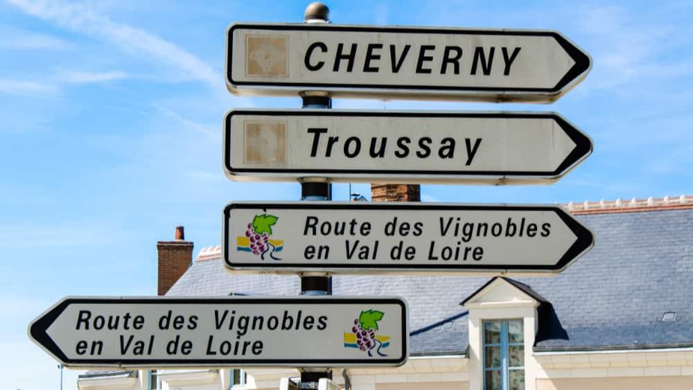 Cour-Cheverny