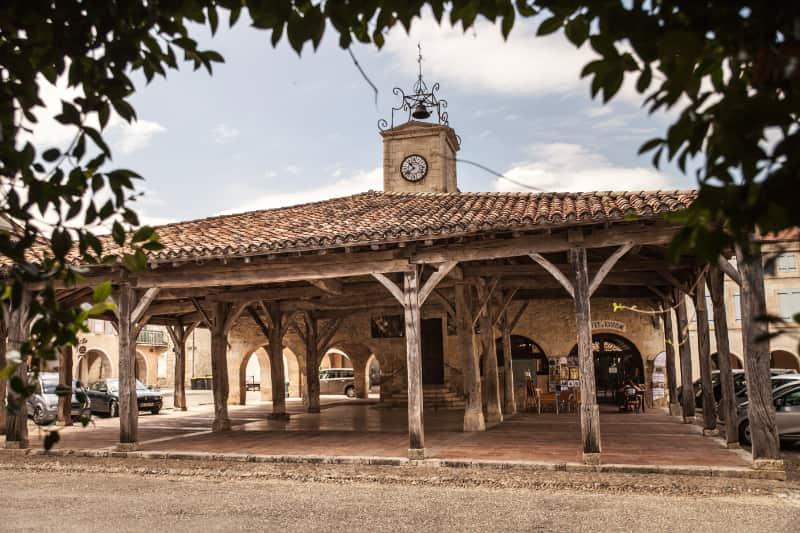 De oude markthal van Saint-Clar
