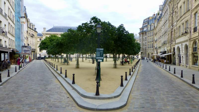 Chansons! op de place Dauphine Parijs